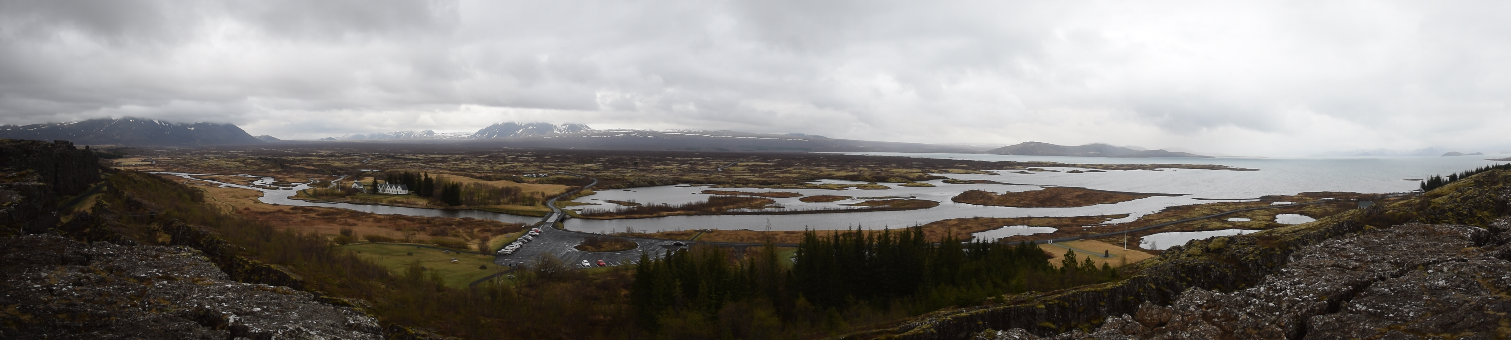 Panoramic view of Þingvellir National Park with mountains and water