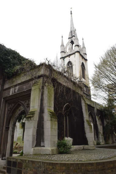 St Dunstan in the East Ruins
