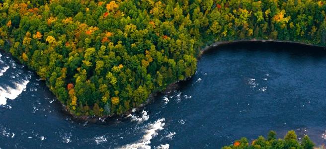 Ottawa biplane adventure aerial of Ottawa fall colours