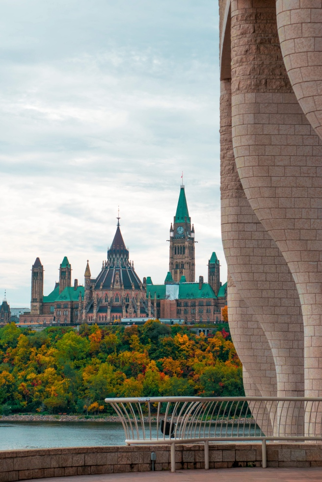 Museum of History Fall Foliage/Fall Colours on Parliament Hill